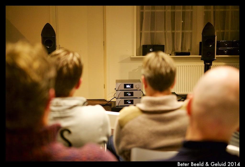 http://www.hifi.nl/artikel/22995/Introductie:-CH-Precision-bij-Beter-Beeld-en-Geluid.html