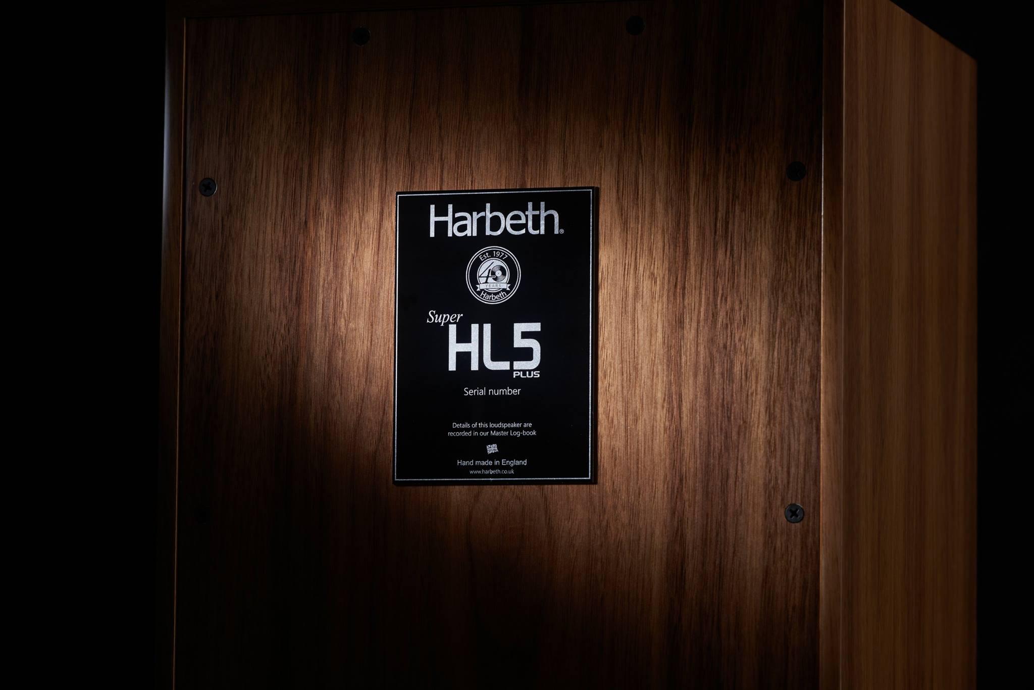 Harbeth 40th Anniversary SHL5plus badge achterkant